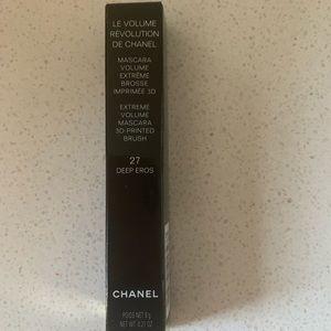 Chanel Le Volume Revolution 27 Deep Eros